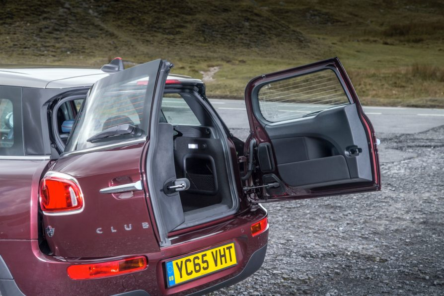 Drive Car-Reviews-MINI Cooper D Clubman 18