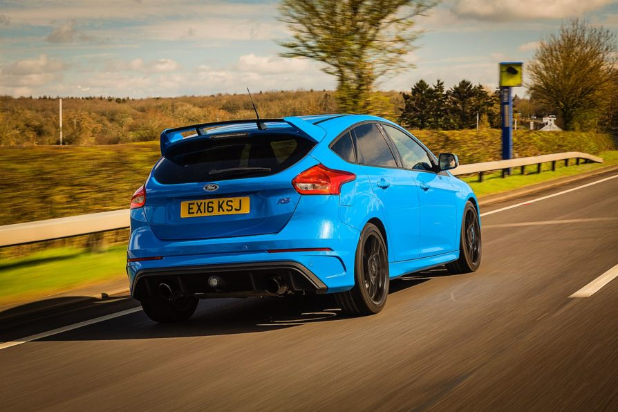 Drive reviews the Ford Focus RS 5