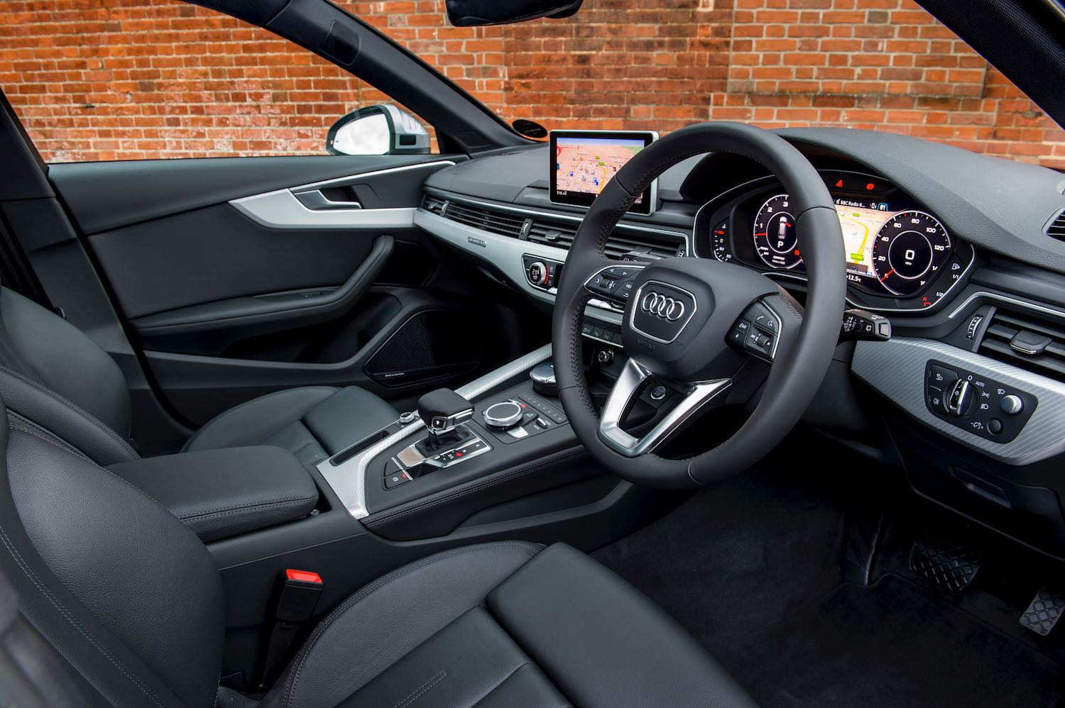 Neil Lyndon reviews the Audi Allroad for drive-13