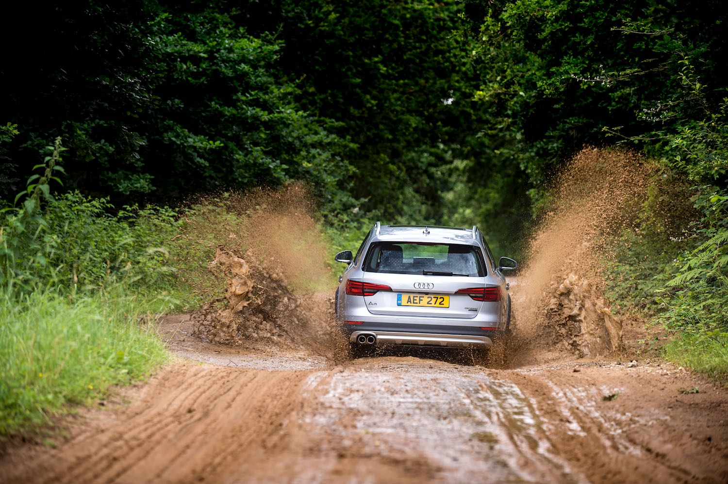 Neil Lyndon reviews the Audi Allroad for drive-9