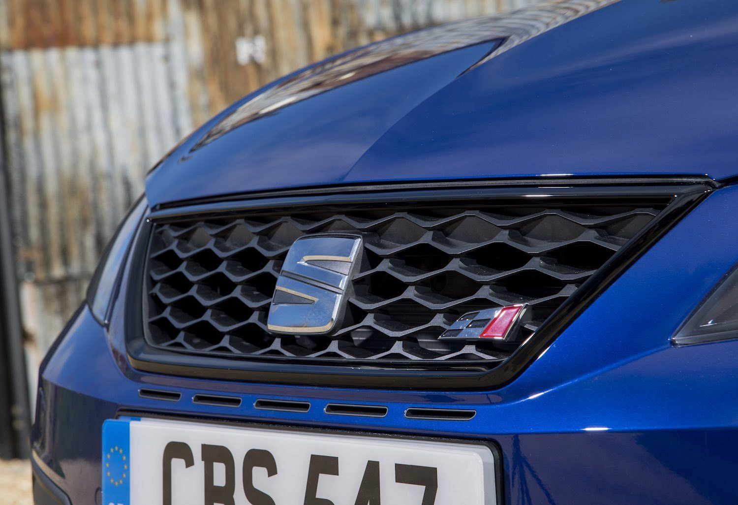 Tom Scanlan drives the New SEAT Leon and SEAT leon Cupra 25