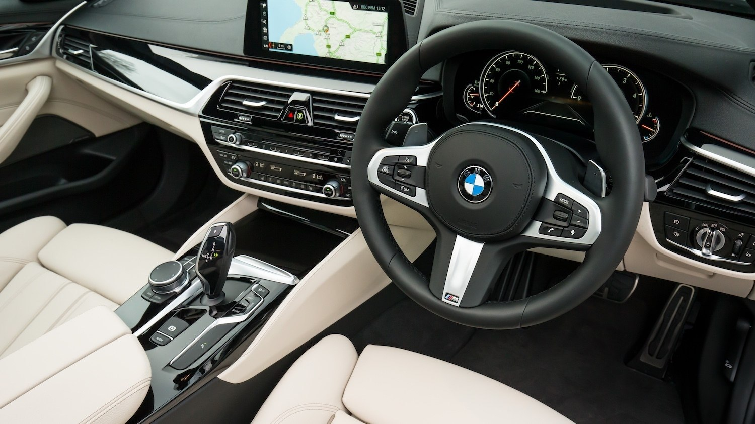 BMW 530d M Sport reviewed by Tom Scanlan for Drive 22