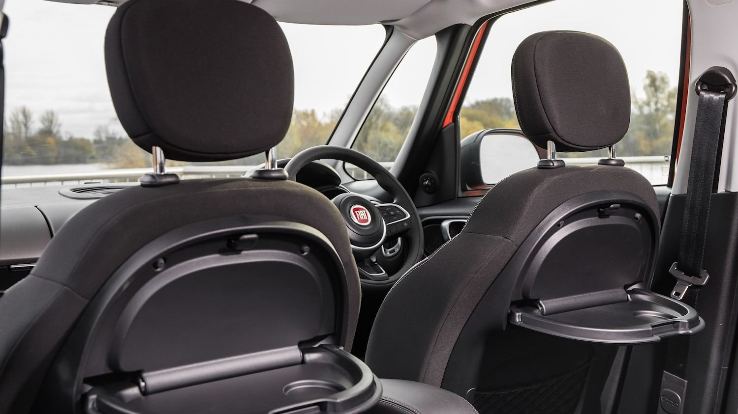 The Fiat 500L reviewed by Tom Scanlan for Drive 19