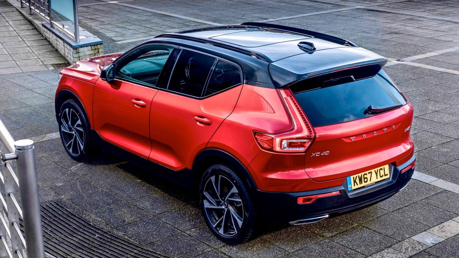reviewed the new volvo xc40 wow by a country mile. Black Bedroom Furniture Sets. Home Design Ideas