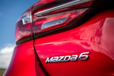 Review Neil Lyndon drives the New Mazda6 2018 model 11