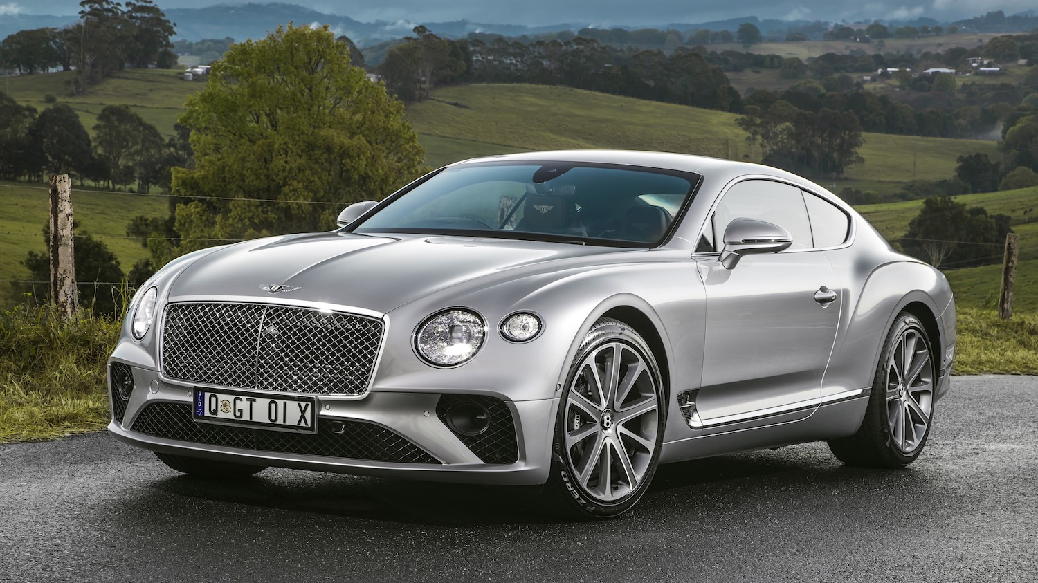 Maggie Barry reviews the New Bentley Continental GT for Drive 7