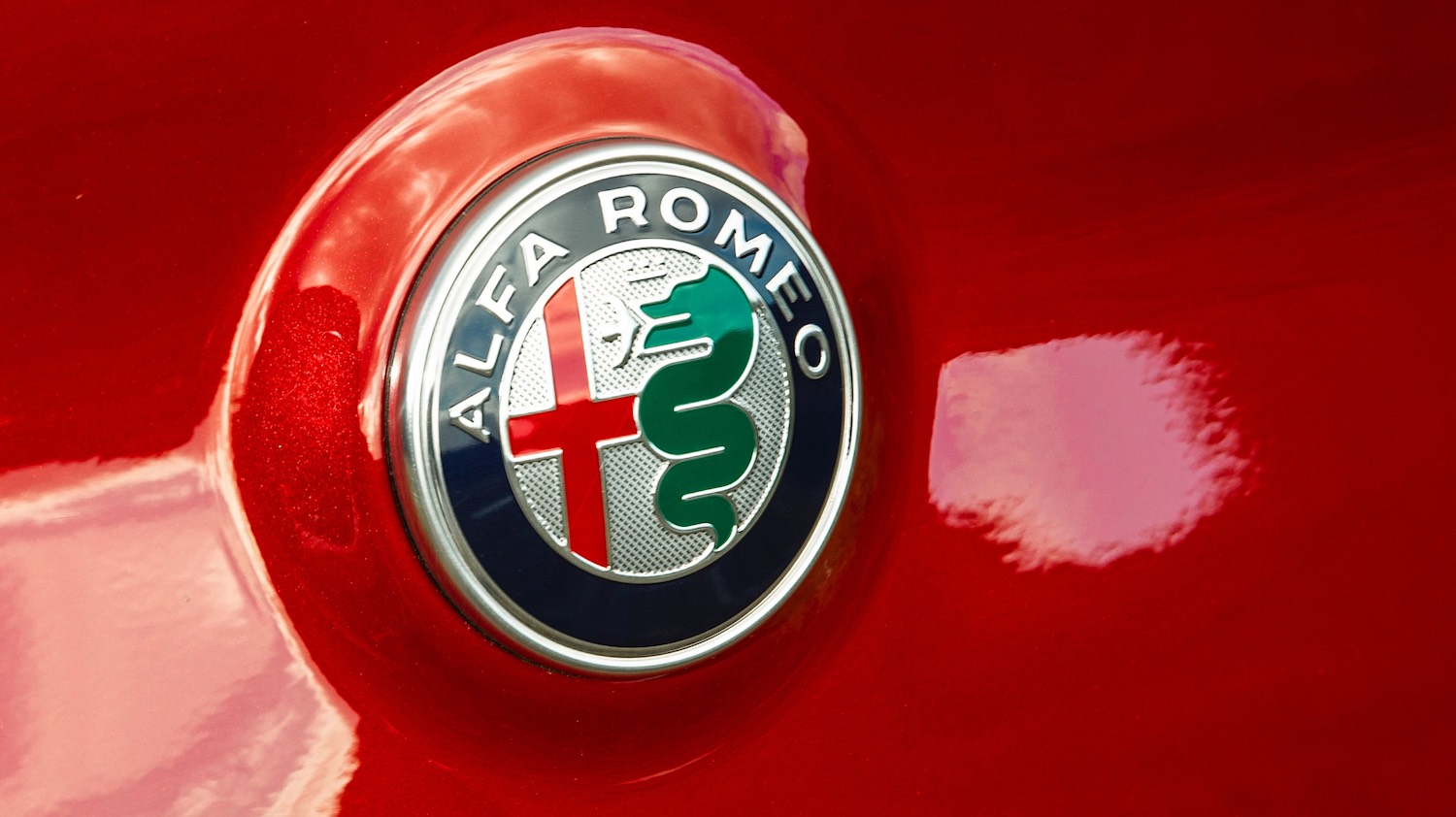Maggie Barry reviews the Alfa Romeo Stelvio Quadrifoglio SUV for drive 22